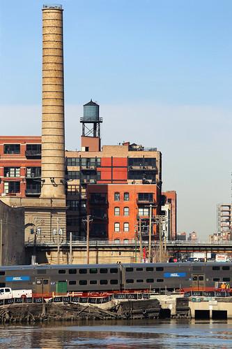 usa illinois chicago paysageurbain urbanlandscape canonef70200mmf4lisusm canoneos6d building train river ville town cheminée chimney