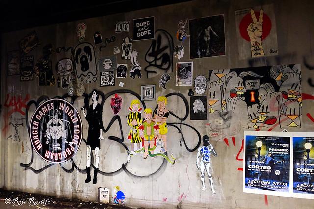 Roma. Ostiense. Street art by Alessia Babrow,Cody,Sm111le,Zeta,Valda,Harvjazz,5toker,Beaver,Nite Owl,Streetartee,Qwerty,Eureka,C_ska,Lalo Lalo,Mouselephant,Lus57,me,Er Pinto,Stencil Noire,Stelleconfuse,Omino71,Yest,Point Eyes,Enigmaregis,Luther Posca