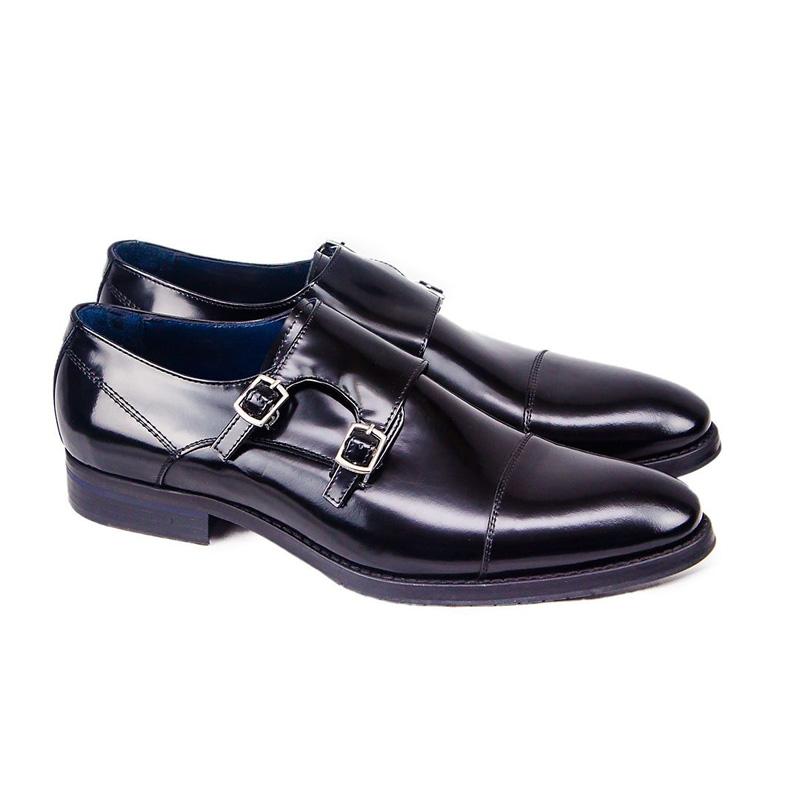 footwear12