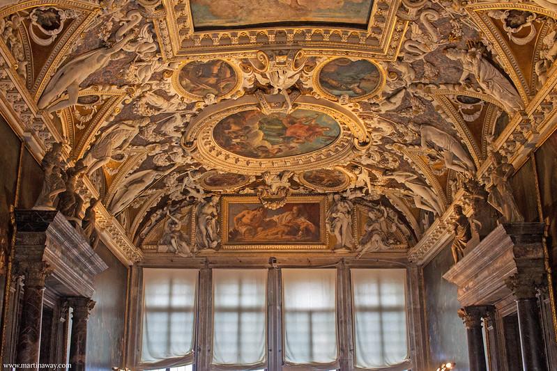 Sala delle Quattro Porte