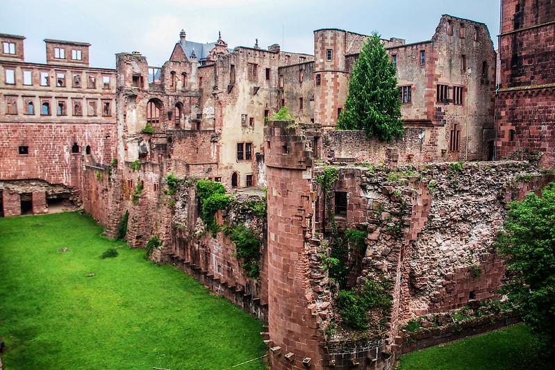 海德堡古堡的斷垣殘壁 1