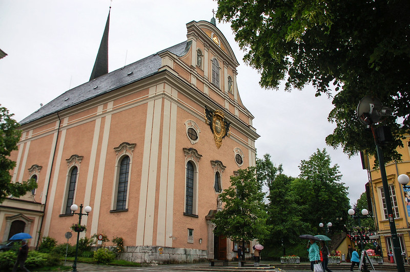 Stadtpfarrkirche Bad Ischl(Parish Church of Bad Ischl)正門 3