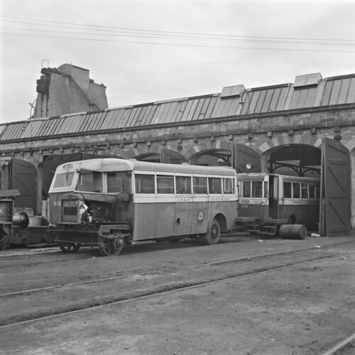 jamespo'dea o'deaphotographiccollection nationallibraryofireland railbus greatnorthernrailways rollingstock ireland engineeringworks inchicore dublin ulster ulstertransportmuseum cultra railbuses inchicorerailwayworks