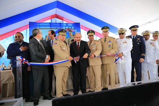 Presidente Danilo Medina entrega Escuela Vocacional en Santo Domingo Norte. Ofrecerá formación técnica a más de 2,300 jóvenes