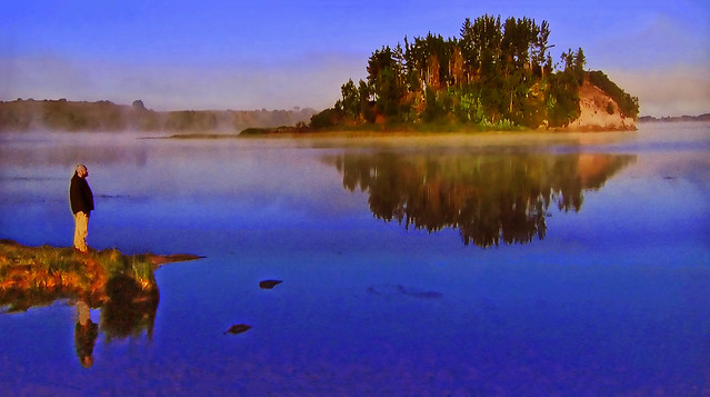 SUNRISE - The mist of dawn on the lake