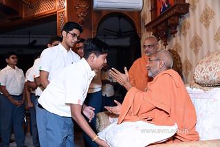 Std-10-11-12-visit-to-Haridham-for-Swamishree's-Blessings-(81) | by Atmiya Vidya Mandir
