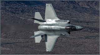 F35 fast pass panning 2 | by Evelakes67