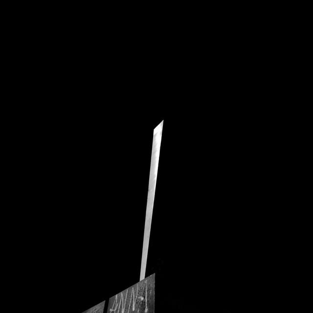 Sculpture against violence - Milano
