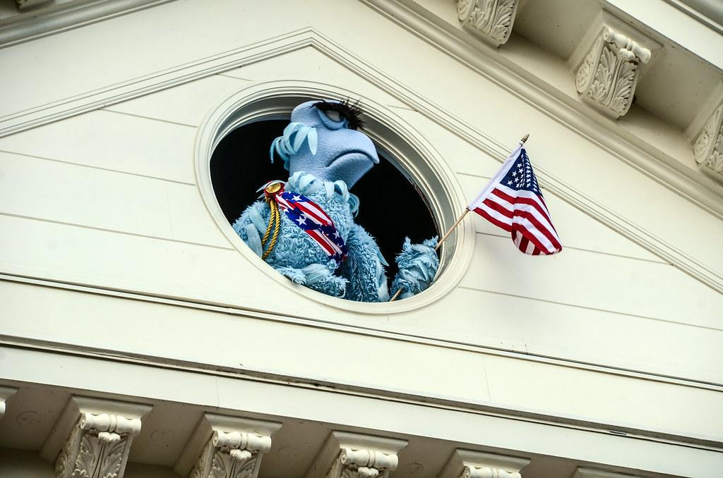 Sam Eagle Muppets Present MK