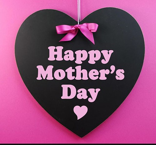 AESTHETIC SUITES MOTHERS DAY TREAT! - Paisley Scotland https://psly.scot/2Y4bLc9   by paisleyorguk