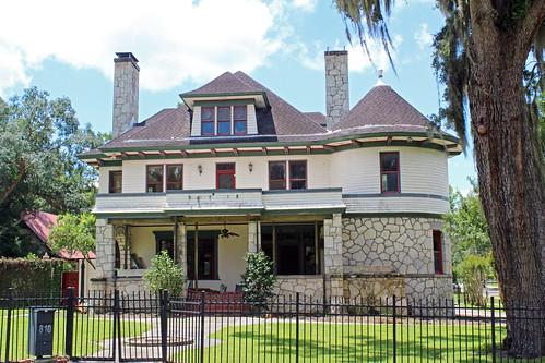 architecture house residence historical queenannestyle fence ocala florida unitedstates