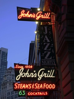 John's Grill SR600269