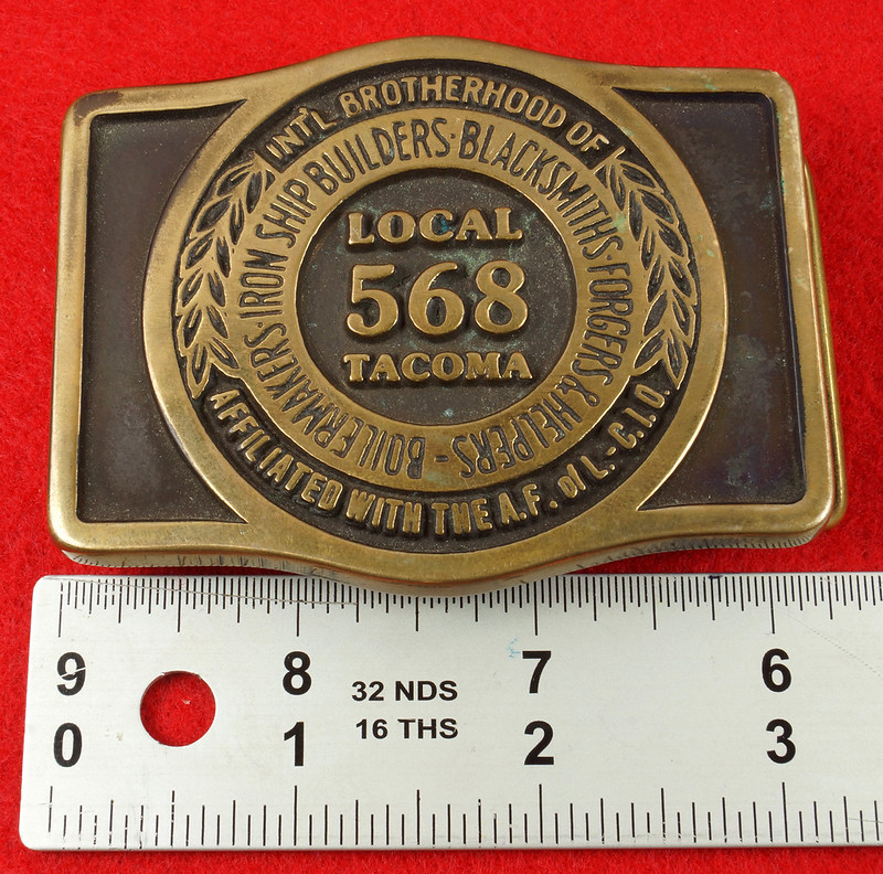 RD17136 1980 Boilermakers Iron Ship Builders Blacksmiths Forgers & Helpers Local 568 Tacoma Brass Belt Buckle Anacortes DSC09432