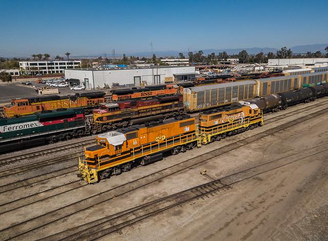 San Joaquin Valley SJVR 2046 (GP38-2) Bakersfield, California