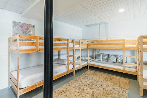 Bunk Bed area on lake level | by LakeMartinVoice