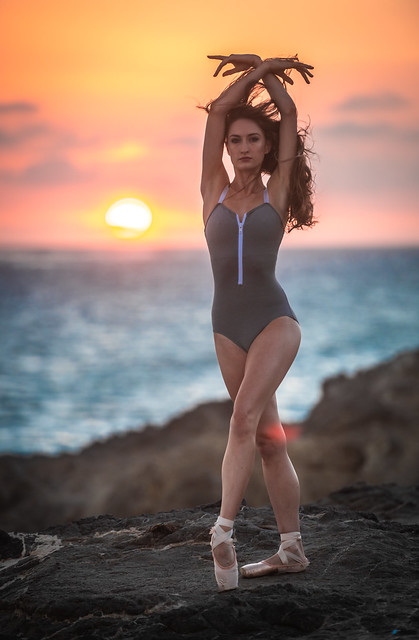Pretty Venus Ballerina Dancing Classical Ballet! Malibu Beach Sunset Leo Carillo State Park! Nikon D810 AF-S NIKKOR 70-200mm f/2.8G ED VR II from Nikon! Gorgeous Athletic Talented Ballerina Dancing Classical Ballet Pointe Shoes Ballet Slippers & Leotard!