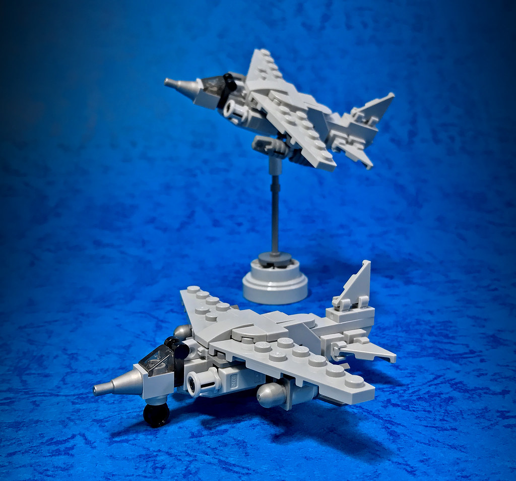 LEGO Micro Jet fighter-01