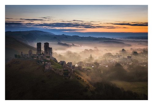 corfe castle castles dorset history historic ancient nationaltrust landscape landscapes landscapephotography mist misty drama sky sunrise morning dawn canon england efs1585mmisusm eos eos80d