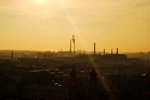 pilsen plzeň czechrepublic repúblicatcheca europe centraleurope sky skyline europa sunset pordosol silhouette silhueta sun sol fromabove de cima doalto