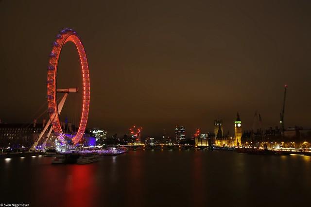 London Eye und Big Ben am Abend des 18.03.16 in London.