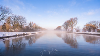 Vol au dessus d'un canal | by jeje62