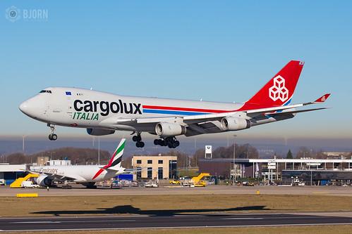 LX-YCV Cargolux Italia Boeing 747-400F, Maastricht Aachen Airport - EHBK/MST | by neplev1