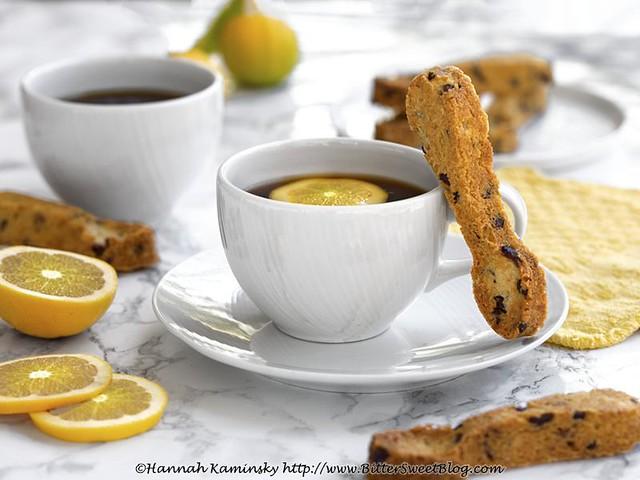 Lemon-Cacao Crunch Shortbread