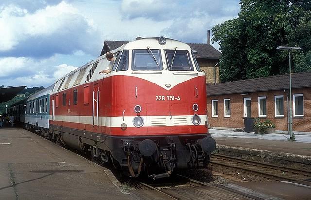 228 751  Herzberg  11.09.94