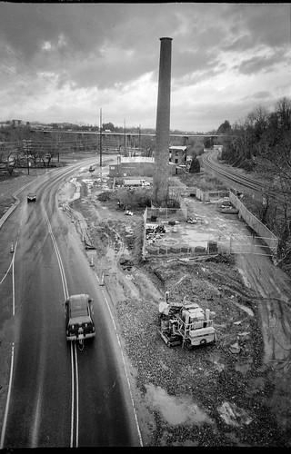 urban urbanlandscape smokestack riverdistrict asheville northcarolina olympusxa4 aristaedu200 hc110developer 35mm 35mmfilm blackandwhite monochrome monochromatic compactcamera film