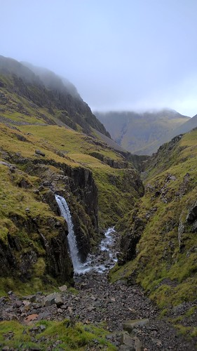 W161 Piers Gill   by fixthefells