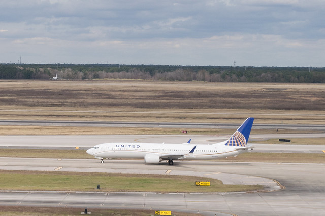 United Airlines Boeing 737 MAX 9 at IAH, Houston 1901061346