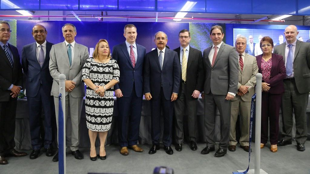 Más empleos e inversiones: Danilo asiste a inauguración cu ...