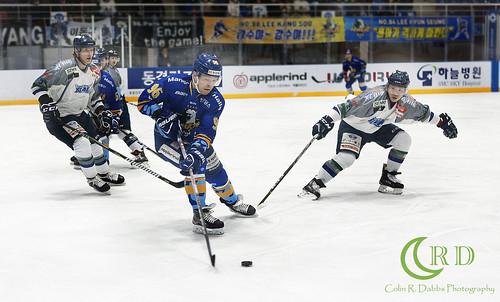 Halla vs Blades Play offs 3-13-18_0622