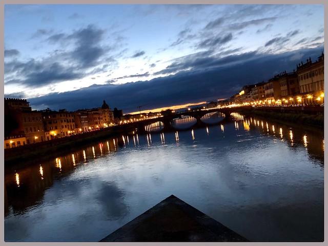 Di sera sul fiume