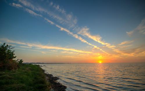 sunset gulf gulfofmexico florida emersonpoint palmettoflorida palmetto water landscape sun