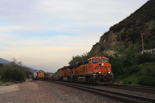 BNSF Meet & DPU - Cajon Pass, CA | by tcamp7837