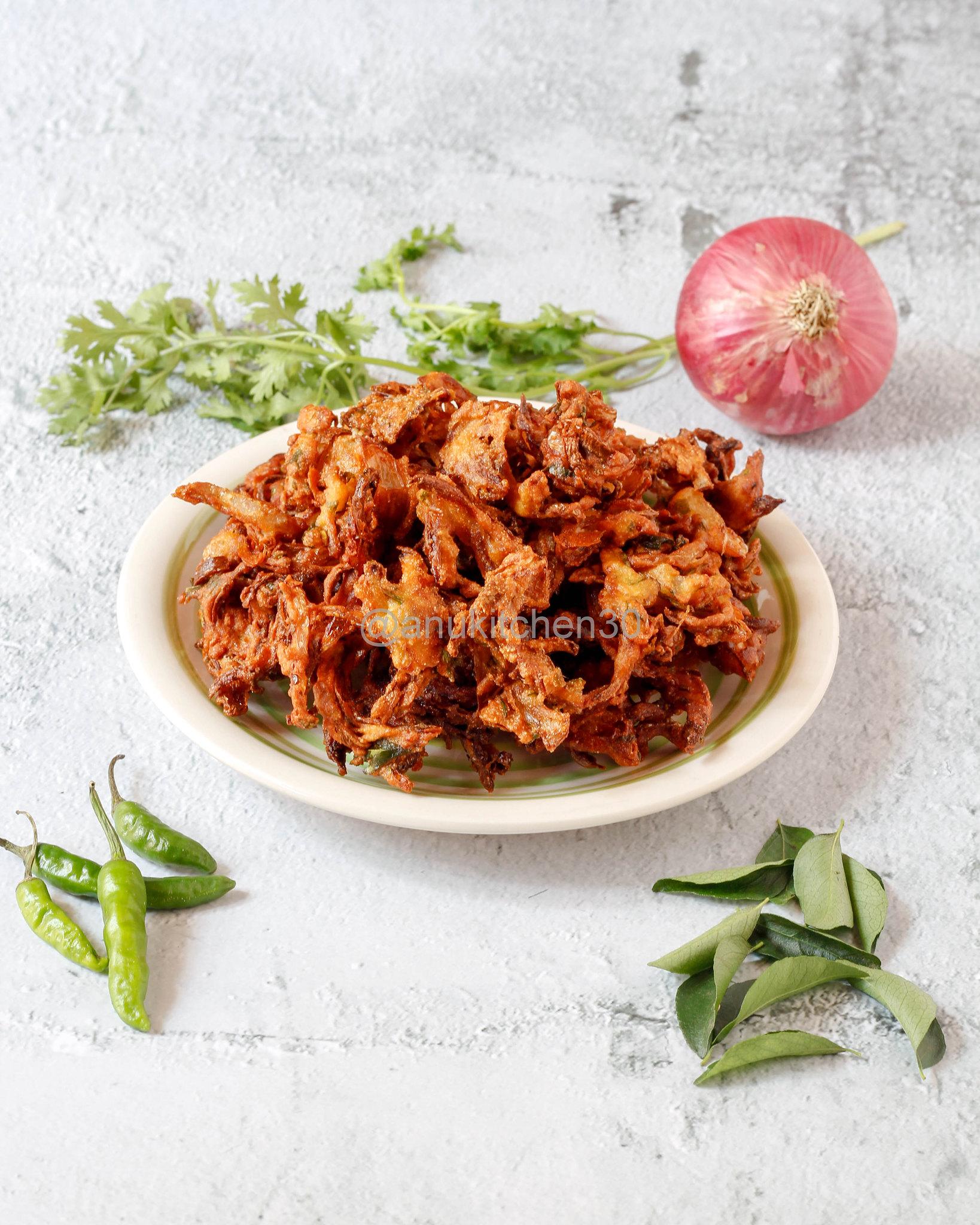ಈರುಳ್ಳಿ ಪಕೋಡ | Onion Pakoda