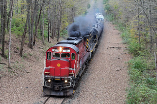 C430 #431 puts on a show as it leads the ME-1 east toward the New York state line.