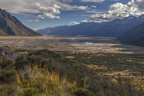 newzealand zealand tasman river mountcooknationalpark mount cook national park landscape landschaft wild wilderness view panorama natur nature outdoors southisland island south mountains valley sky clouds canon canon5d eos water