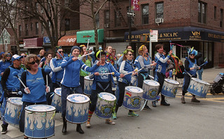Fogo Azul at the Sunnyside/Woodside St. Pat's For All Parade | by neilsonabeel