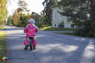 Learning to bike   by HendrikMorkel
