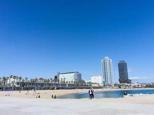 Barcelona Beach | by elmada