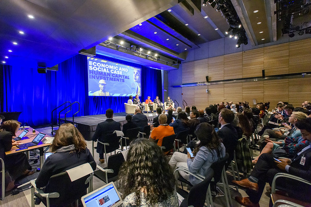 Wed, 04/10/2019 - 14:08 - April 10, 2019 - WASHINGTON DC - 2019 World Bank/ IMF Spring Meetings. The Economic and Social Case for Human Capital Investments. Panelists speak about ways to create the right conditions to move the needle on more and better investments in people. Kristalina Georgieva, Chief Executive Officer of the World Bank; Michelle Fleury, Business Correspondent, BBC News (Moderator); Grant Robertson,Minister of Finance, New Zealand; Benigno López, Minister of Finance, Paraguay; Zouera Youssoufou, CEO, Dangote Foundation. #InvestInPeople  Photo: World Bank / Grant Ellis