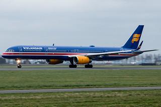 Icelandair B757 TF-ISX (100 Year Icelandic Independence) | by Werner Verbogt