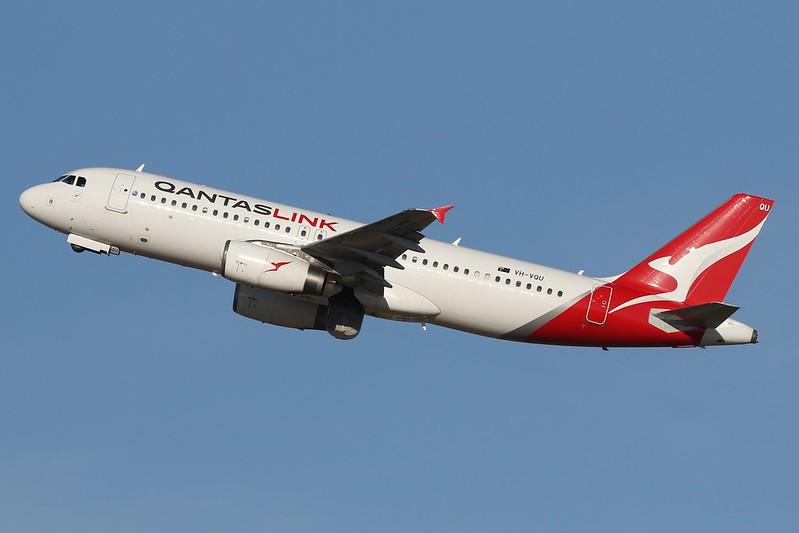 VH-VQU Qantas Link Airbus A320-232