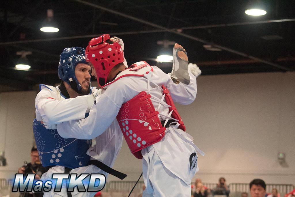 Raúl Martínez (peto azul) versus Tahir Gulec, de Alemania, en la final del US Open G2 2019, disputado en febrero en Las Vegas, Estados Unidos. Foto: Esteban Mora/MasTKD.com