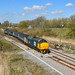 37407 crossing over for platform 3 at Great Yarmouth by robmcrorie