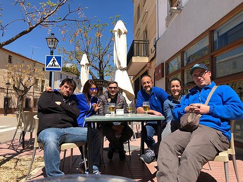 #equipo #vinosdelaviña #ventadelpuerto #bestteamever #soloseviveunavez #viveydejavivir   by Vorete