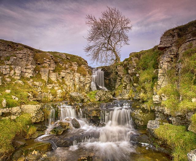 Cray waterfall.