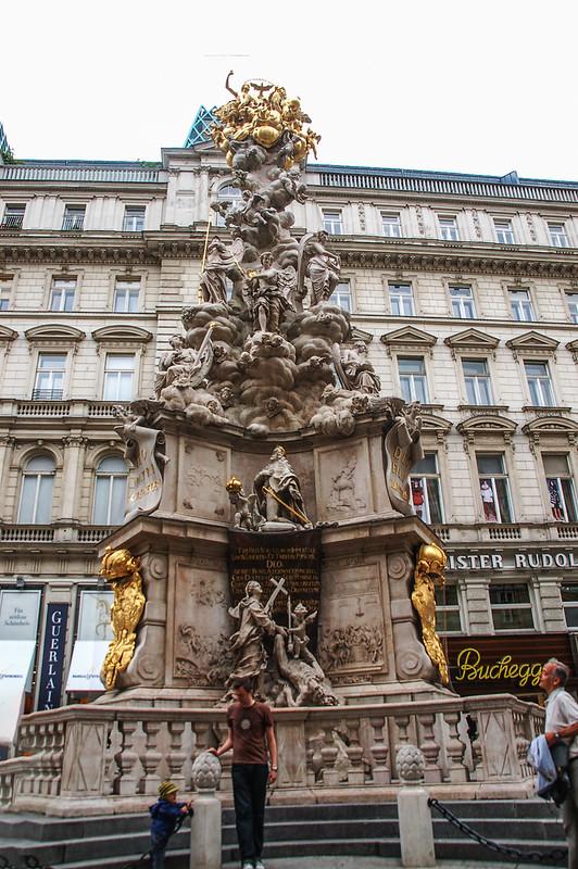 黑死病紀念柱(Plague column, Vienna) 2